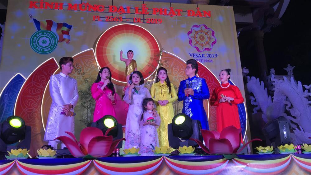 Hòa Hiệp thương nhớ Mai Phương, chia sẻ loạt ảnh 2 mẹ con cố diễn viên ngày còn hạnh phúc-4