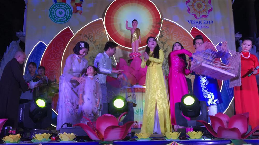 Hòa Hiệp thương nhớ Mai Phương, chia sẻ loạt ảnh 2 mẹ con cố diễn viên ngày còn hạnh phúc-6