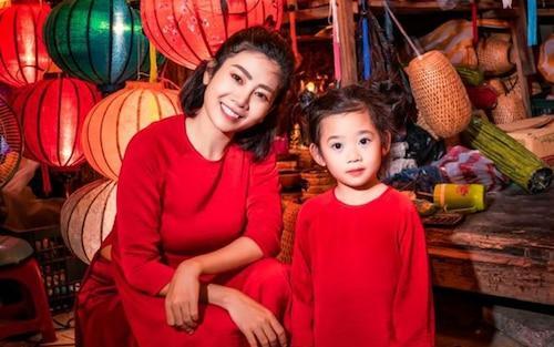 Hòa Hiệp thương nhớ Mai Phương, chia sẻ loạt ảnh 2 mẹ con cố diễn viên ngày còn hạnh phúc-7