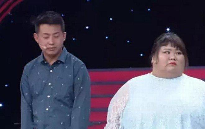Sợ bị đập chậu cướp hoa, chồng vỗ béo vợ hoa khôi tăng lên 165kg-2