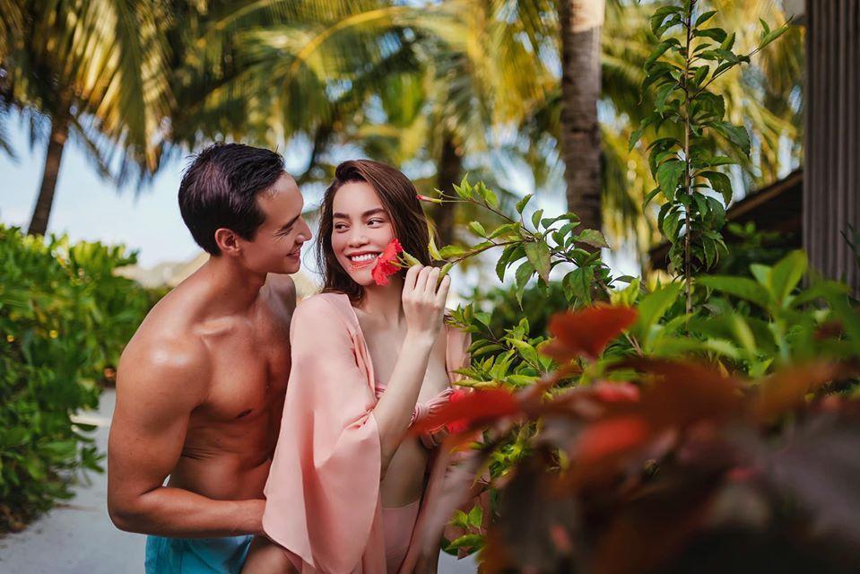 Loạt ảnh tình bể bình của Kim Lý - Hồ Ngọc Hà chứng tỏ tình yêu ngày càng mặn nồng-6