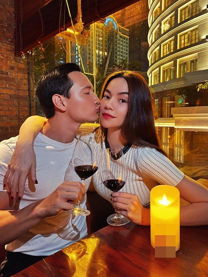 Loạt ảnh tình bể bình của Kim Lý - Hồ Ngọc Hà chứng tỏ tình yêu ngày càng mặn nồng-4