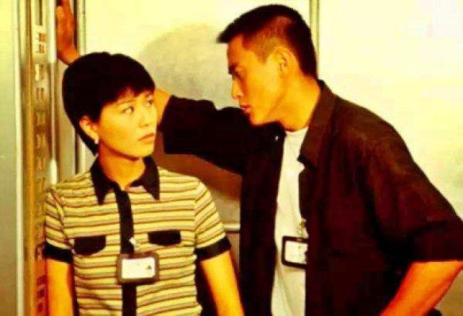 Tài tử bạc tình nhất TVB: Ruồng bỏ mối tình 9 năm, bị cắm sừng thành gà trống nuôi con-1