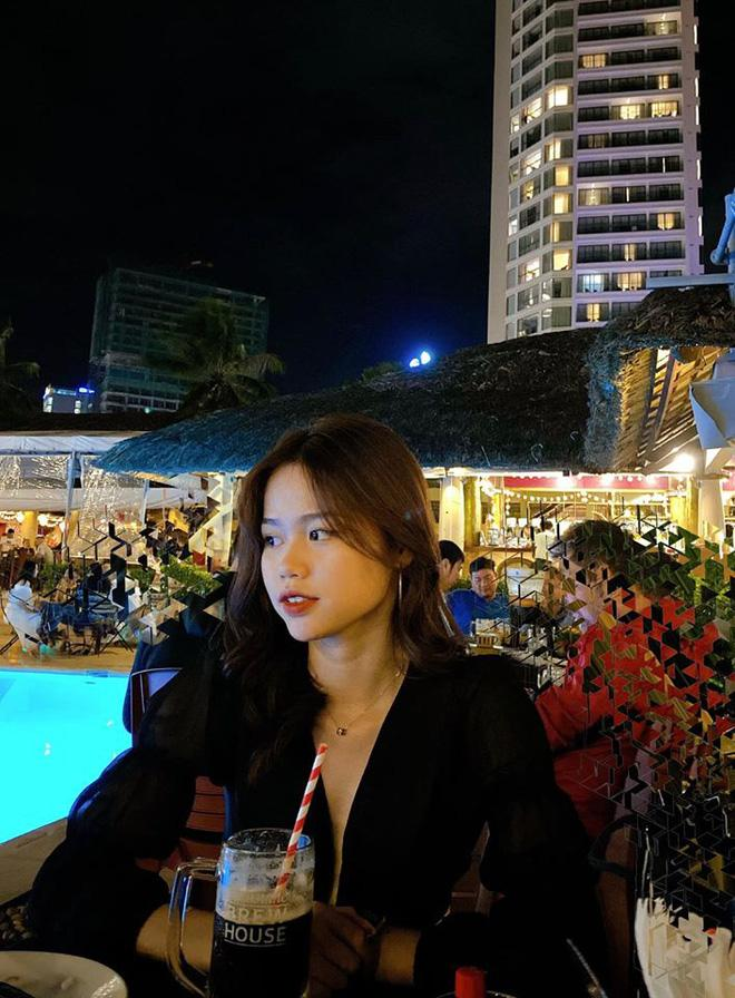 Quang Hải lộ ảnh check-in cùng chỗ với Huỳnh Anh, cả 2 chính thức công khai mối quan hệ-6