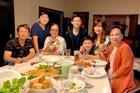 Bằng Kiều - Trizzie Phương Trinh ly hôn từ lâu nhưng bố mẹ đôi bên vẫn vô cùng thân thiết