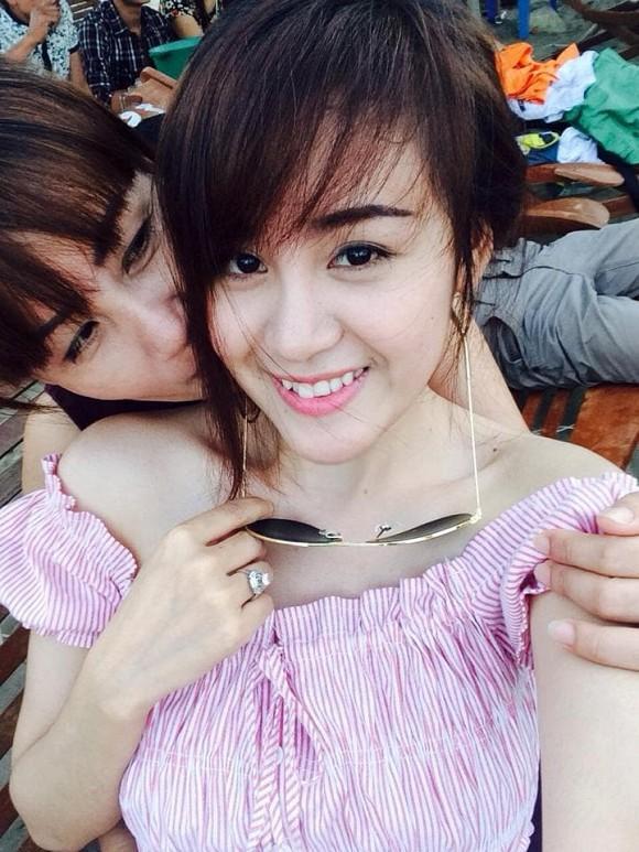 Lần hiếm hoi bà Tưng khoe mẹ ruột, người từng khẳng định: Tôi tự hào về con gái khi cô nổi lên nhờ tai tiếng-2