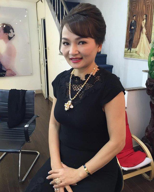 Nhan sắc mẫu thân của dàn hoa hậu nổi nhất Việt Nam