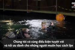 Khám phá bể lặn trong nhà lớn nhất châu Âu