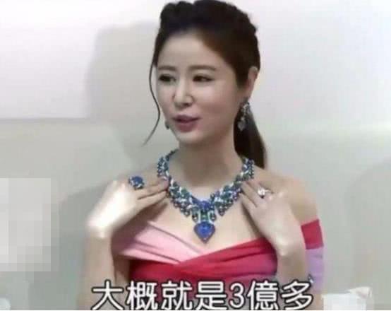 Choáng váng với giá trị chiếc nhẫn trên tay Lâm Tâm Như: Hơn cả gia tài đời người với 100 tỷ đồng-5