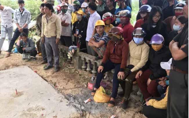 Vụ giết người dựng hiện trường giả: Thùng tiền phúng bất thường trong đám tang ông Minh-1