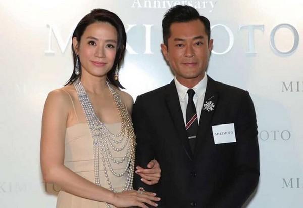 5 mỹ nam đẹp trai tài giỏi nhưng vẫn cô đơn lẻ bóng của TVB-2