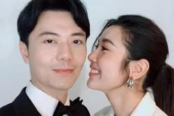 Thúy Vân đăng ảnh tình tứ bên bạn trai, người hâm mộ vui mừng vì nghĩ đi chụp ảnh cưới