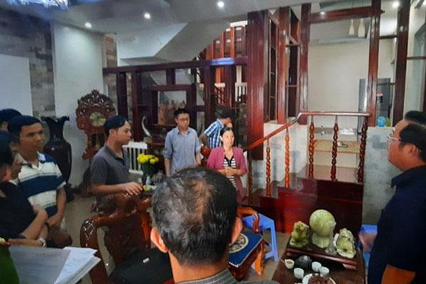 Vụ giết người dựng hiện trường giả: Thùng tiền phúng bất thường trong đám tang ông Minh-3