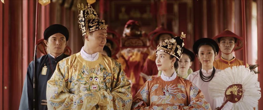 Karen Nguyễn - Gương mặt vàng trong làng Tuesday: Hết lên Đà Lạt giật bồ Hương Giang lại vào Huế cướp chồng Hoà Minzy-1
