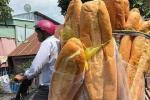 Chiếc bánh mỳ khổng lồ ở miền Tây từng khiến nhiều người tưởng photoshop, ít ai biết nó từng xếp hạng món ăn kỳ lạ nhất thế giới