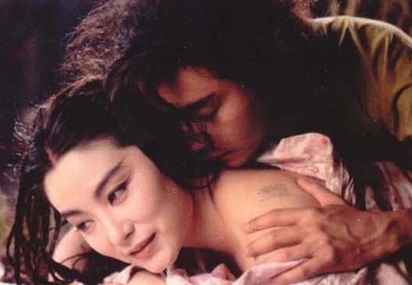 Câu chuyện phía sau cảnh tình cảm của Lâm Thanh Hà và Trương Quốc Vinh-1