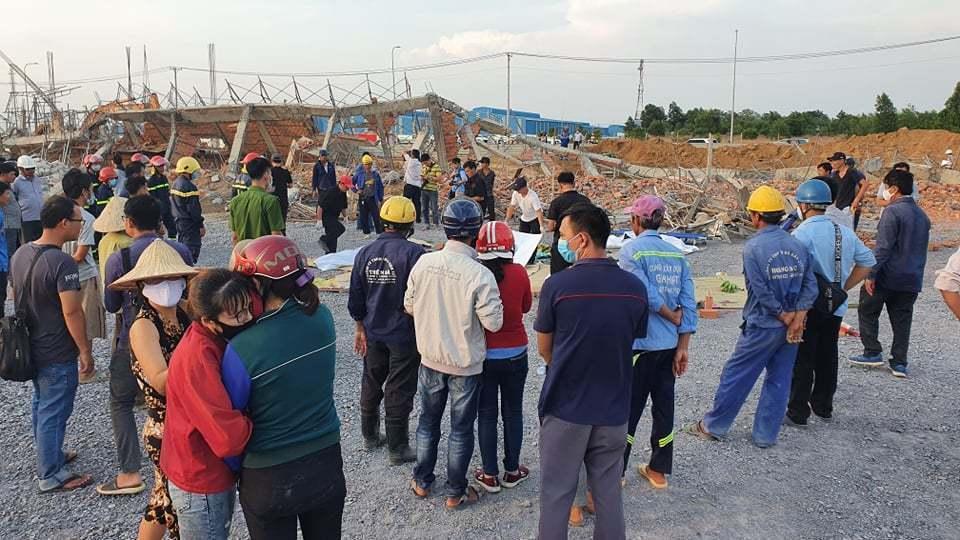 Hiện trường 100m tường công trình đổ sập vùi 10 người chết-6