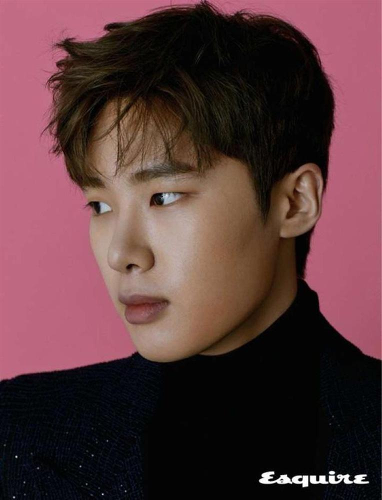 Dàn diễn viên thế hệ mới sinh năm 1997-1999 nhà JYP-3