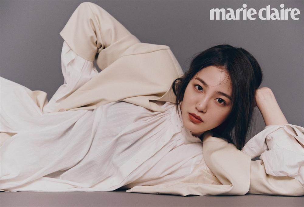 Dàn diễn viên thế hệ mới sinh năm 1997-1999 nhà JYP-4