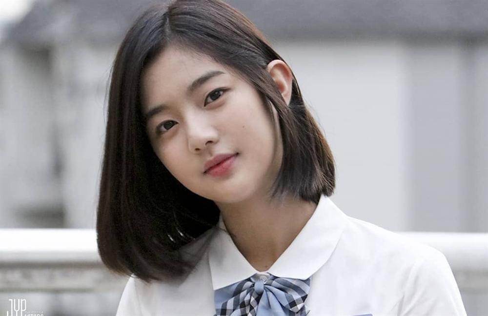 Dàn diễn viên thế hệ mới sinh năm 1997-1999 nhà JYP-7