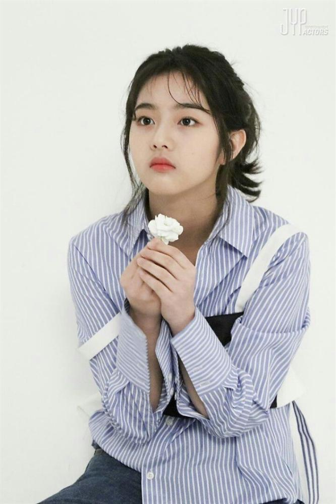 Dàn diễn viên thế hệ mới sinh năm 1997-1999 nhà JYP-8