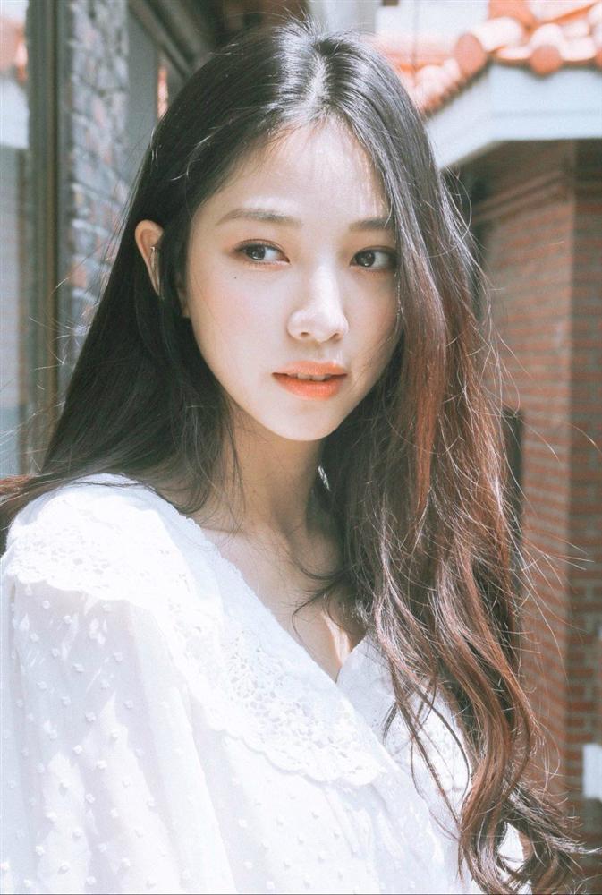 Dàn diễn viên thế hệ mới sinh năm 1997-1999 nhà JYP-12
