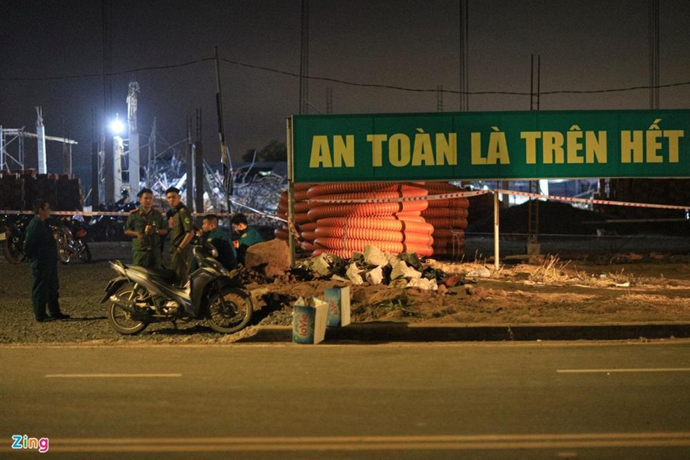 5 giờ đào bới tìm nạn nhân vụ sập công trình làm 10 người chết-1