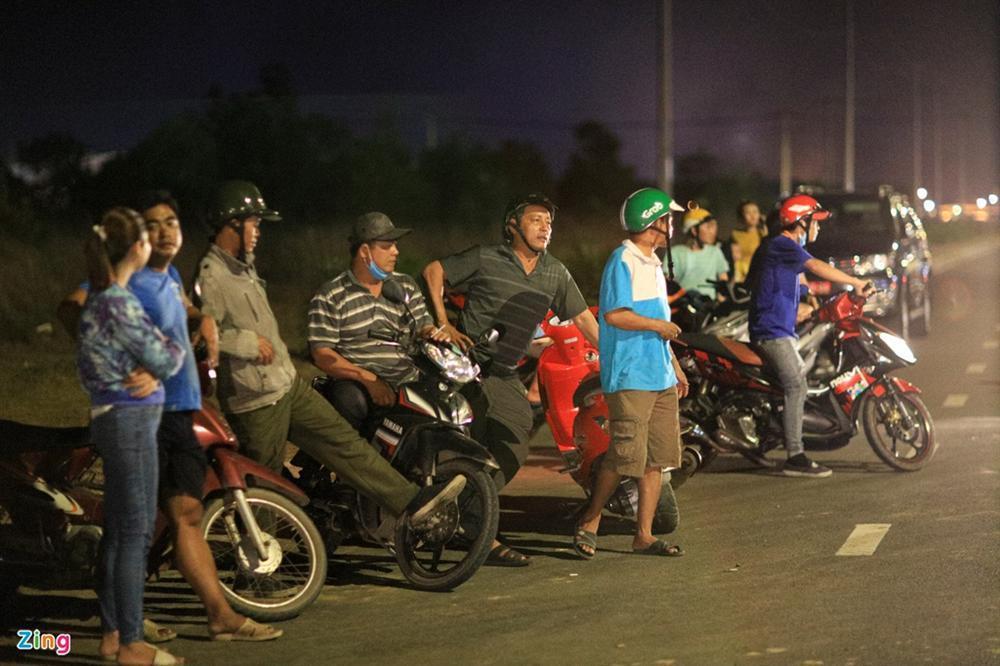 5 giờ đào bới tìm nạn nhân vụ sập công trình làm 10 người chết-5