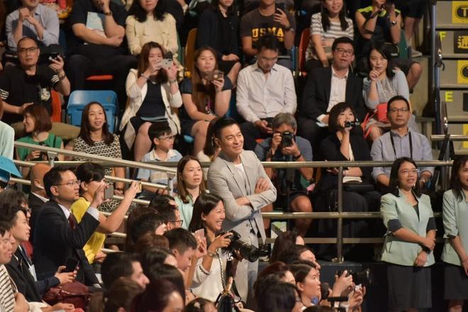 Những tài tử cùng tên Hoa của TVB: người không con cái, kẻ tán gia bại sản-6