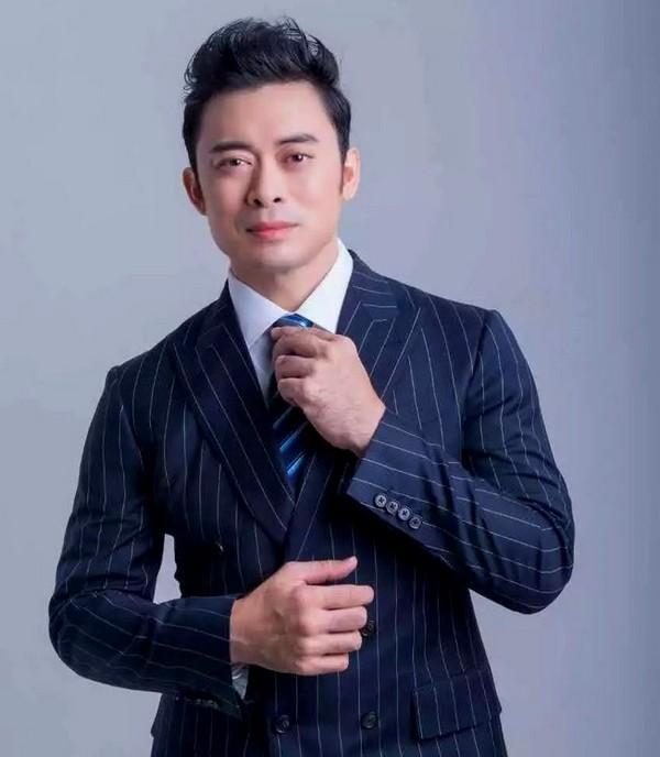 4 nam diễn viên TVB sa cơ lỡ vận, sự nghiệp xuống dốc vì nợ nần chồng chất-5
