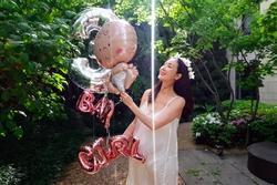 'Người đẹp khóc' Choi Ji Woo sinh con đầu lòng ở tuổi 45