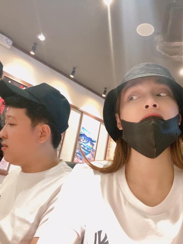 Đi ăn tối cùng Nhã Phương, Trường Giang bị soi thân hình phát tướng-2