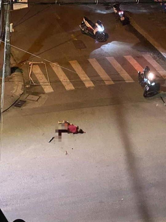 Kinh hoàng cảnh chém nhau, một thanh niên rớt cánh tay rồi tử vong ở Bình Định-1