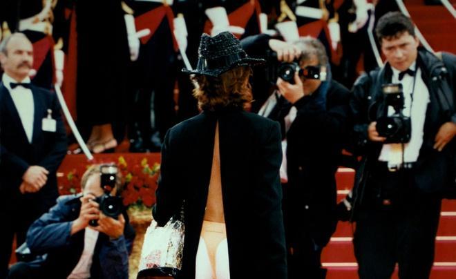 Những khoảnh khắc gây tranh cãi trên thảm đỏ LHP Cannes-3