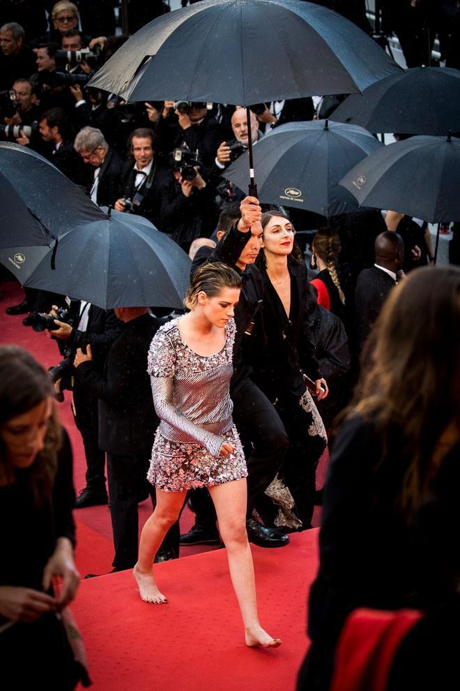 Những khoảnh khắc gây tranh cãi trên thảm đỏ LHP Cannes-6