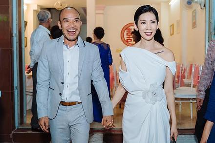 Xuân Lan tiết lộ ảnh đính hôn