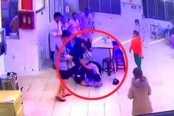 Lâm Đồng: Cha cùng con đánh bảo vệ và điều dưỡng bệnh viện