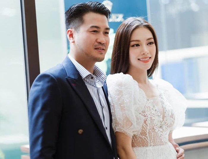 Lộ bằng chứng Phillip Nguyễn đưa Linh Rin và cún cưng về villa ở Vũng Tàu nghỉ dưỡng-1
