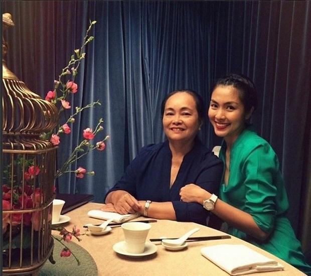 Hà Tăng, Angela Phương Trinh và những mỹ nhân được khen đẹp như mẹ-3