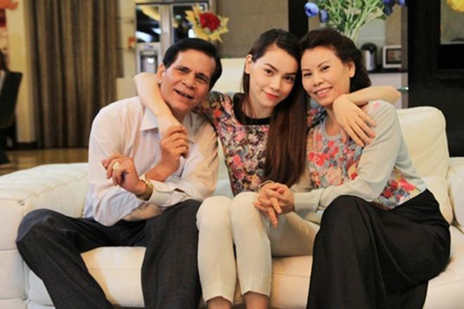 Hà Tăng, Angela Phương Trinh và những mỹ nhân được khen đẹp như mẹ-4