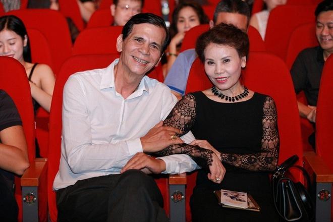 Hà Tăng, Angela Phương Trinh và những mỹ nhân được khen đẹp như mẹ-5