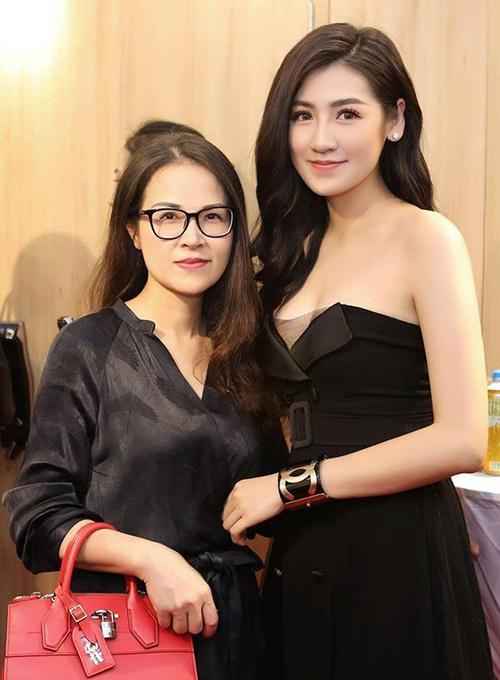 Hà Tăng, Angela Phương Trinh và những mỹ nhân được khen đẹp như mẹ-12