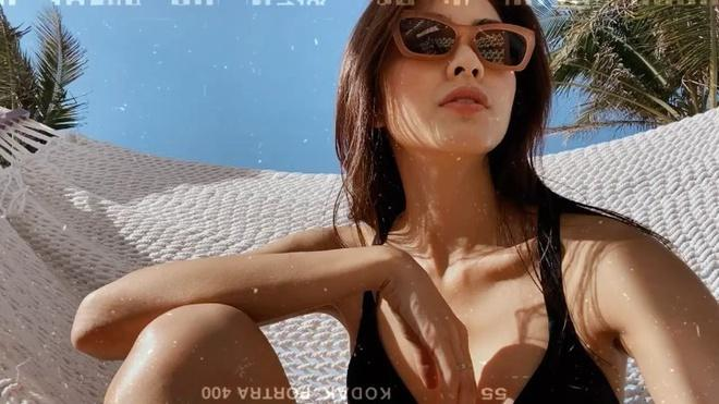 Tăng Thanh Hà khoe dáng quyến rũ với đồ bơi bó sát-2