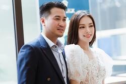 Tưởng yêu lại từ đầu, Linh Rin - Phillip Nguyễn làm fans hoang mang chuyện tái hợp qua hành động nhỏ