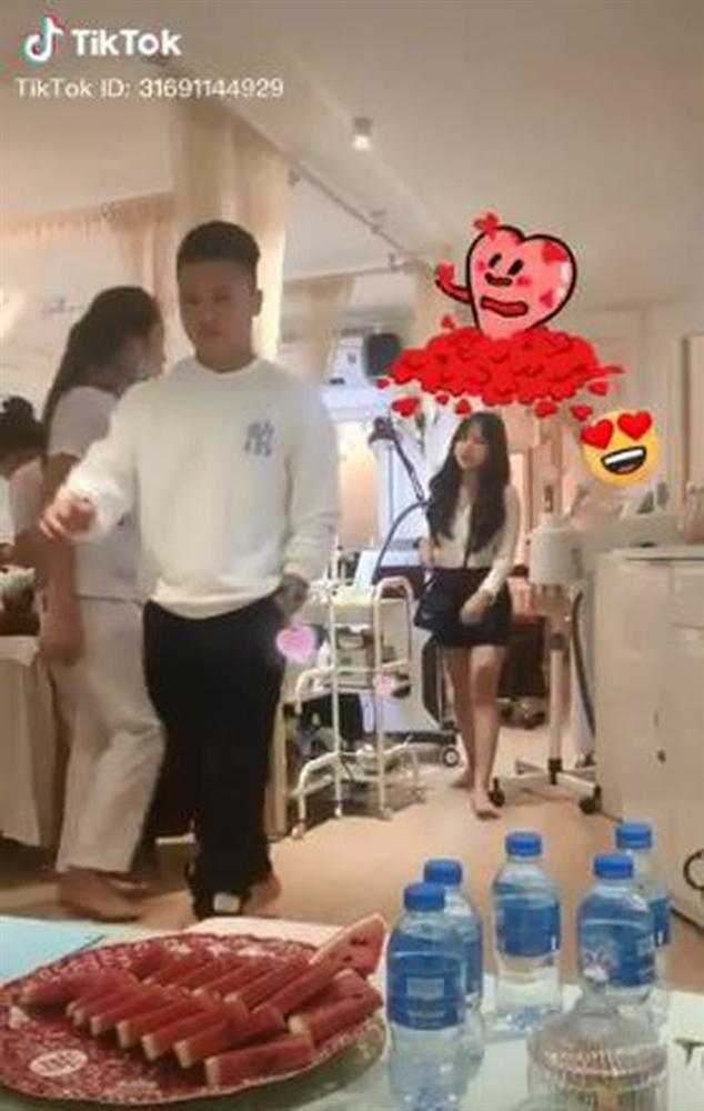 Những bóng hồng đi ngang cuộc đời Quang Hải: Từ hotgirl, rich kid đến bà chủ Sài thành rồi cô chủ Hà thành, đủ cả!-5