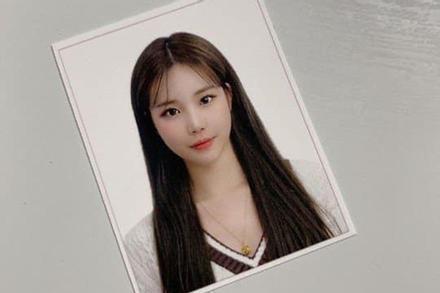 'Nữ thần tượng xấu nhất Kpop' lộ ảnh thẻ xinh đẹp đến fan ruột cũng nhận không ra