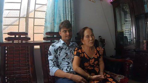 HOT: Vợ chồng cô dâu Cao Bằng hội ngộ lão bà 65 và anh xã ngoại quốc 28 ở Đồng Nai-2