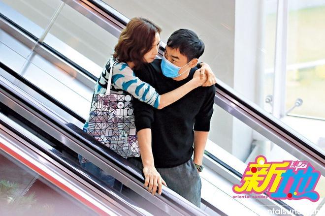 Hôn nhân 22 năm không con cái của hoa hậu và ảnh đế Hong Kong-2