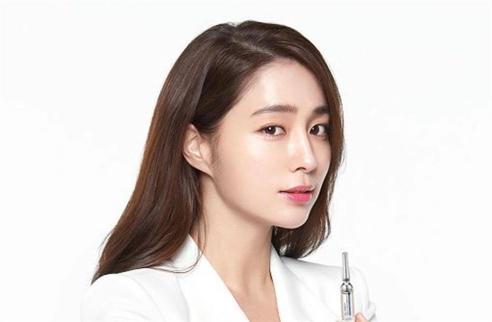 Dàn mỹ nữ Hàn bị chỉ trích vì tiệc tùng giữa mùa dịch-1