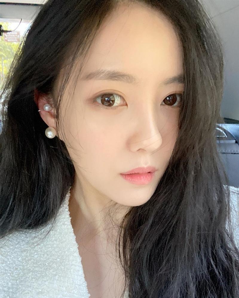 Dàn mỹ nữ Hàn bị chỉ trích vì tiệc tùng giữa mùa dịch-5
